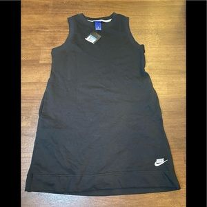 NWT Nike Sleeveless sweatshirt  Dress